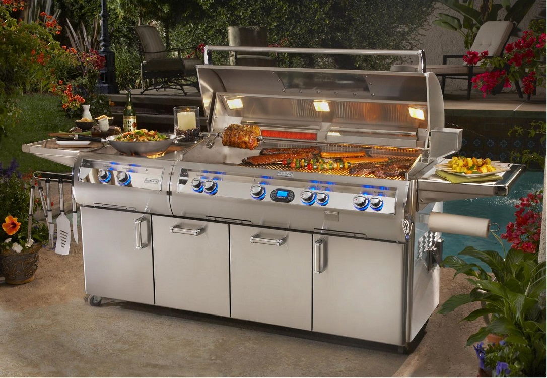 stunning-gas-grills-for-a-luxurious-summer-kitchen-picture