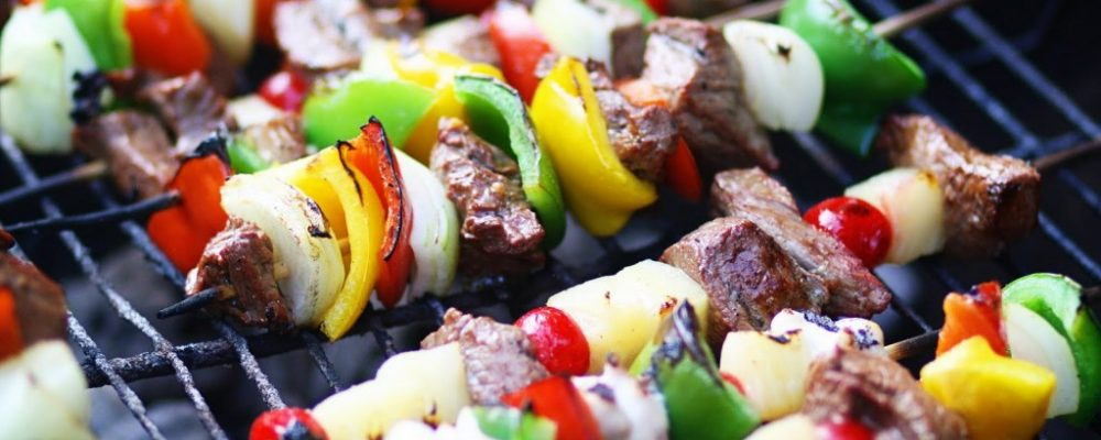 Charcoal Vs. Gas Grills – Which is the Best Choice