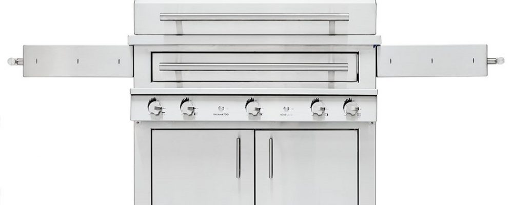Stunning Gas Grills for a Luxurious Summer Kitchen